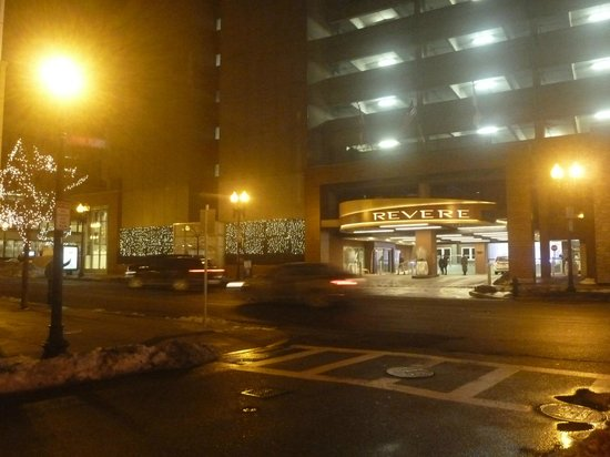 Revere Hotel Boston Common: Entrada