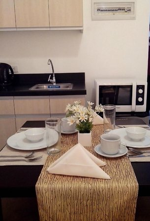 My Dian Suites: Dining