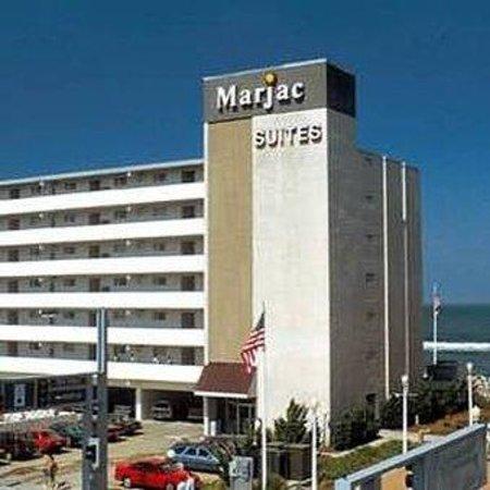 Marjac Suites: Exterior