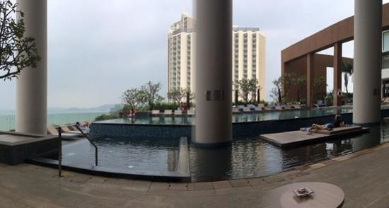 Sheraton Nha Trang Hotel and Spa: Cold pool @ Sheraton