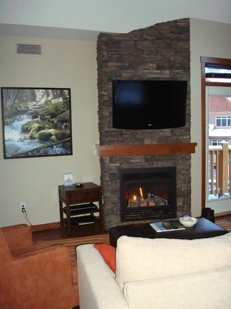 Stoneridge Mountain Resort by CLIQUE: fireplace