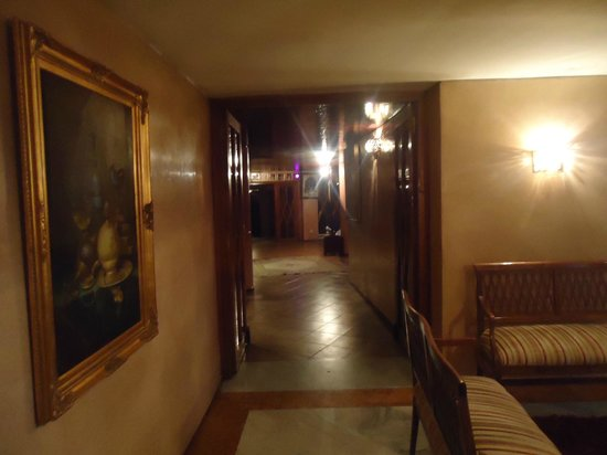 Menzeh Zalagh Hotel : Área social