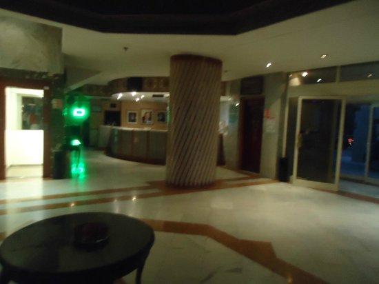 Menzeh Zalagh Hotel: Lobby