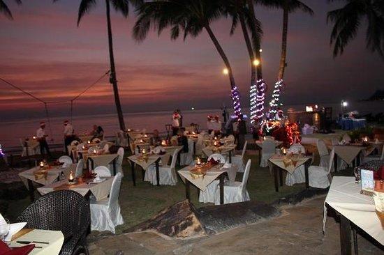Santhiya Tree Koh Chang Resort: lovely dinner