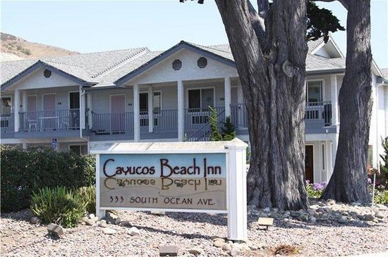 Cayucos Beach Inn: Exterior Sign from North