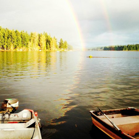 Silver Lake Resort: Another shot of the double rainbow - all the way into the lake