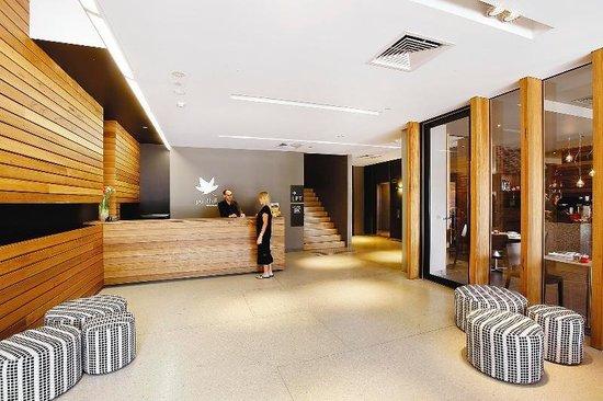 Punthill Dandenong : Reception