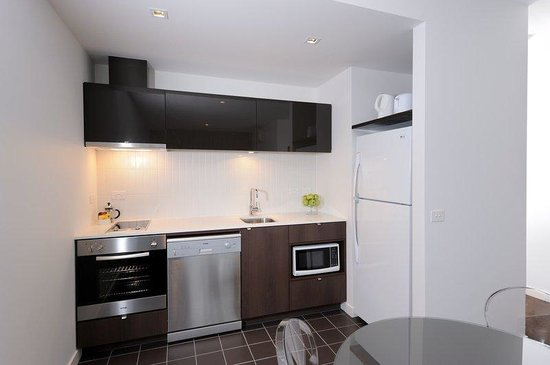Punthill Dandenong : Fully Equipped Kitchen