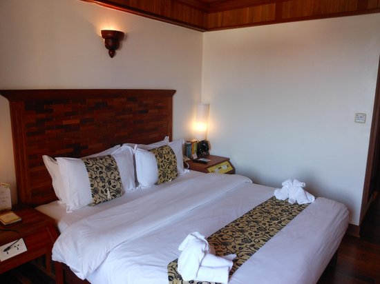 Angkor Sayana Hotel & Spa: Bed