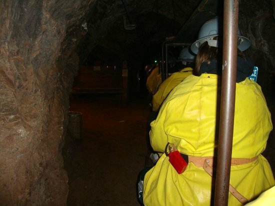 Queen Mine Tours : On the tunnel train