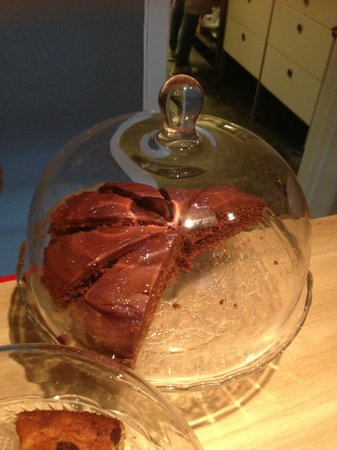Coffee by Elli : Glitter Choco Cake!