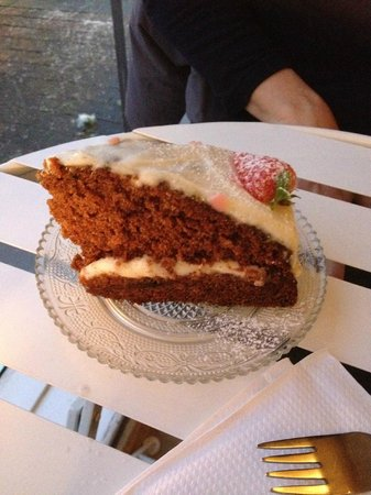 Coffee by Elli : Carrot Cake