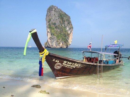 Poda Island: beach