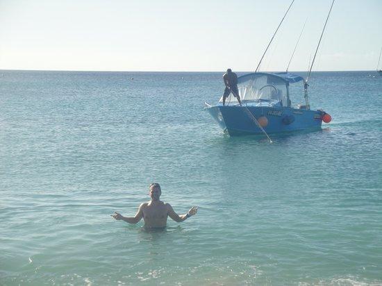 Speedy 4 Charters : Off Nevis ready to board Speedy's boat