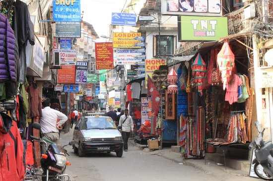 Pariwar B&B: Thamel Market near from Hotel