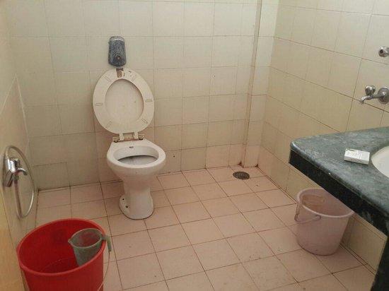The Rivasa Resort: Bathroom