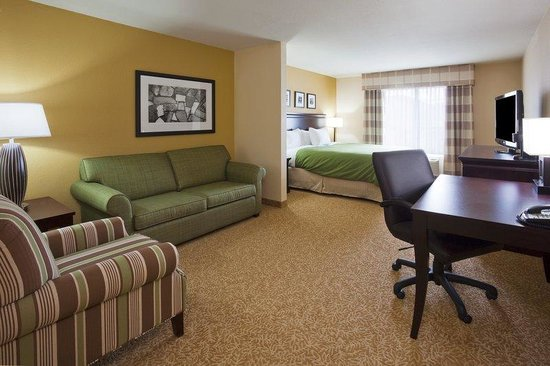 Country Inn & Suites By Carlson, Minot: CountryInn&Suties Minot GuestRoomKing