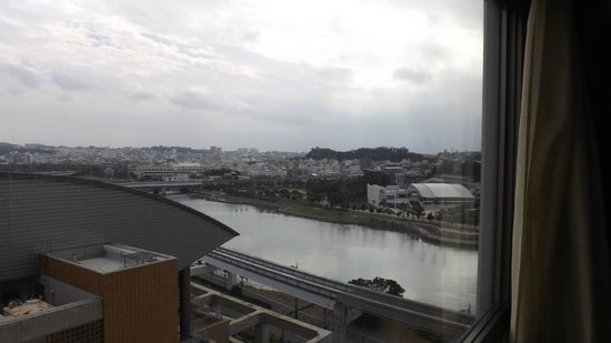 Mercure Okinawa Naha: ゆいレール