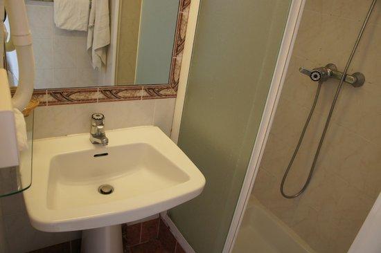 Hotel Carlton Nice : ванная комната