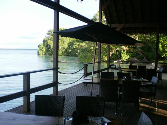 Lope Lope Lodge: restaurant deck