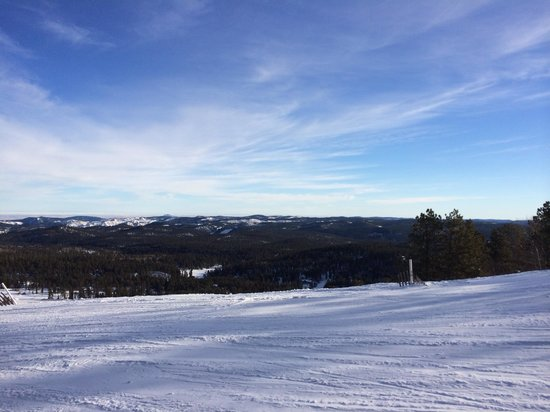 Deer Mountain Ski Area: Mid Morning at the top of the lift.