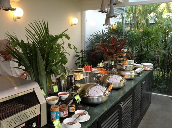 Shinta Mani Angkor: Breakfast Buffet in Dining Room