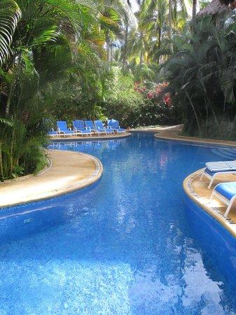 Casablanca: Lovely pool area