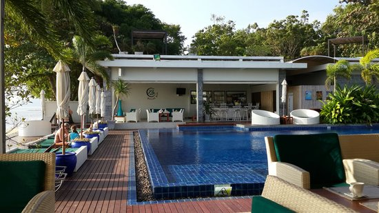 Serenity Resort & Residences Phuket: Poolside