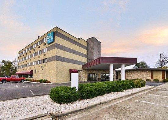 Quality Inn & Suites Beaver Dam: exterior