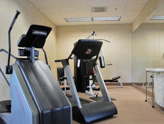 FairBridge Hotel Cleveland East: Gym