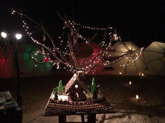 The Sarojin: Weihnachtsdinner