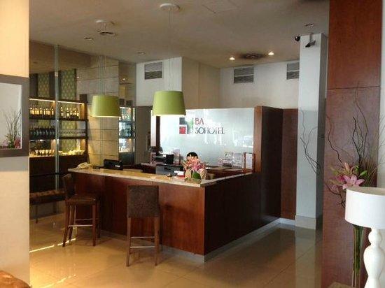 BA Sohotel: Reception