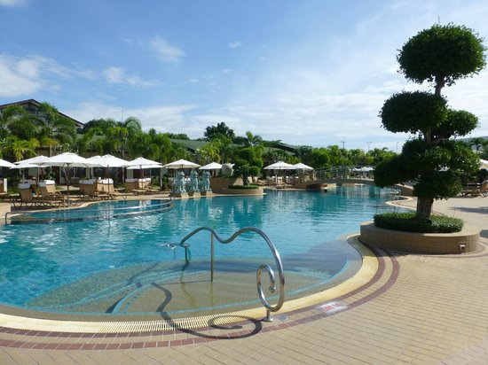 Thai Garden Resort : Hotelanlage bei Tag