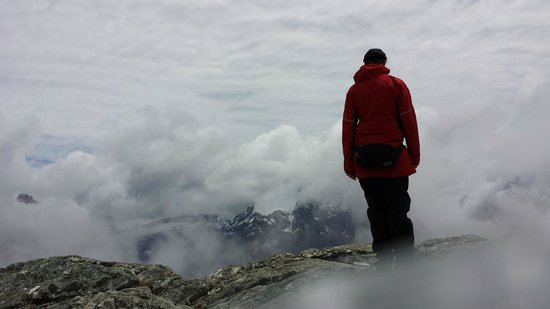 Routeburn Track Hiking Tour - New Zealand Breeze: Even cloudy days are beautiful