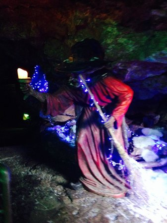 Wookey Hole Caves : The Wookey Witch inside the Cave entrance