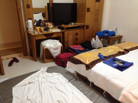 Kelly Hotel: Small room