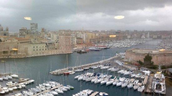 Sofitel Marseille Vieux-Port : View from Hotel Restaurant