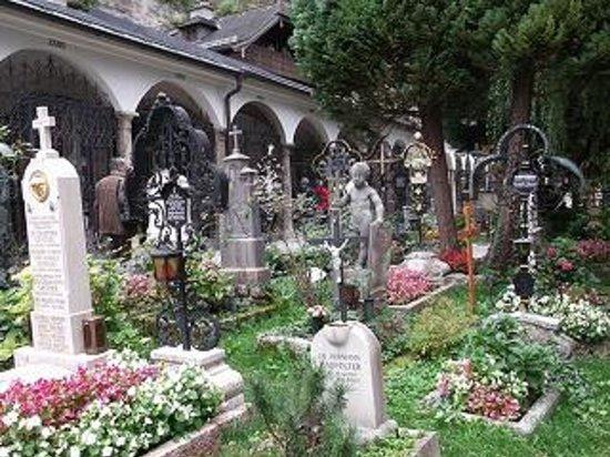 Petersfriedhof: 墓地
