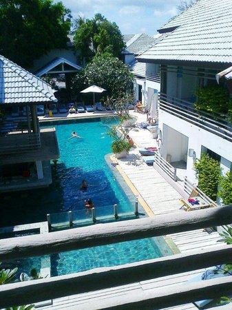 Ramada Phuket Southsea: Бассейн