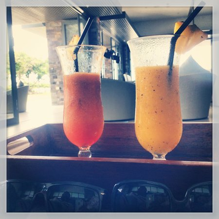 InterContinental Fiji Golf Resort & Spa: Non-alcoholic drinks at Kama Lounge