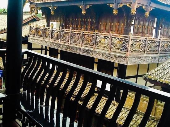 BuddhaZen Hotel: balcony view from Buddha Zen..nov13 Annh