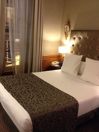 Melia Vendome - Paris: Room 202- Perfect!