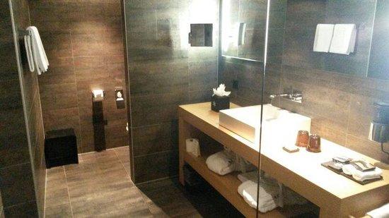 Unique Hotel Post: bagno