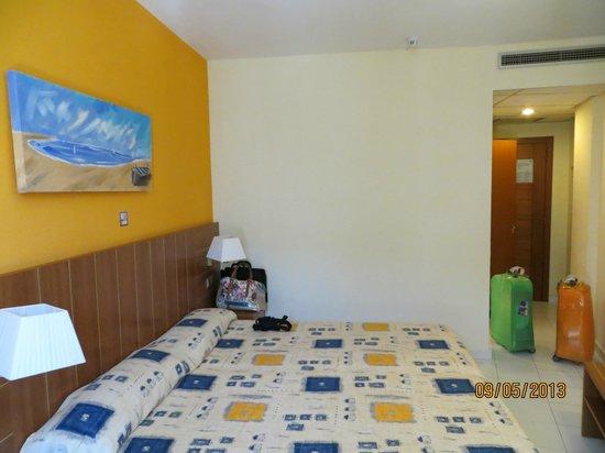 Hotel GHT Aquarium & SPA: Room