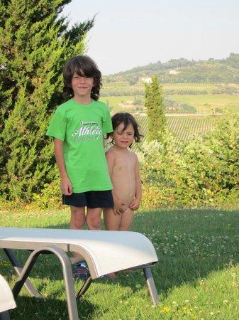 Agriturismo La Fraternita: Giacomo ed Emma