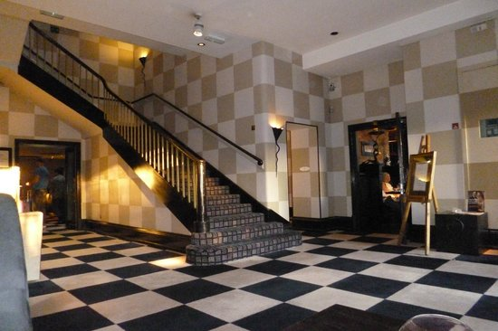 Malmaison Hotel Edinburgh: Hall y acceso a la Brasserie