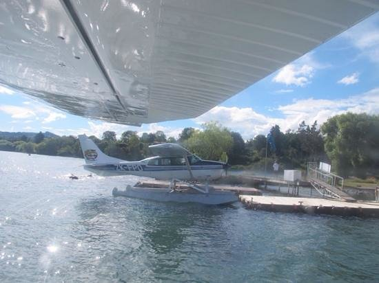 Taupo's Floatplane: just about to take off in the floatplane!