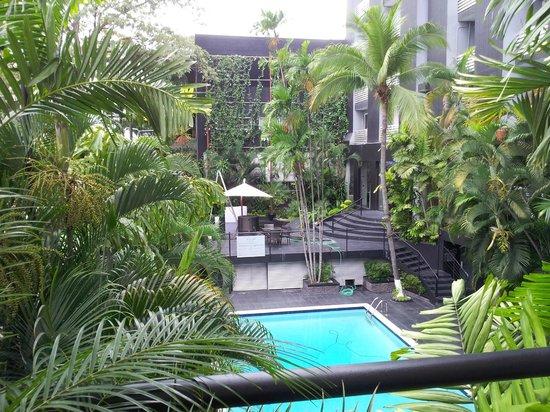 Riande Granada Urban Hotel : Poolanlage