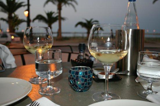 Petite fleur : Wine with diner