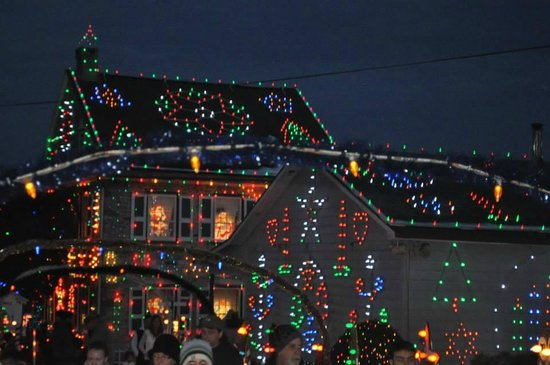 Koziar's Christmas Village: Lights on Main House and Cookies/Hot Chocolate Eatery